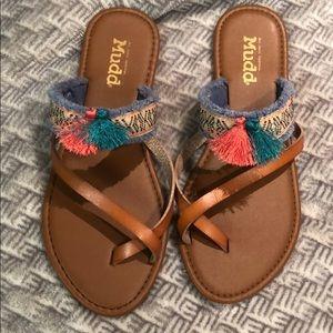 Mudd women's sandals size fit 7 71/2